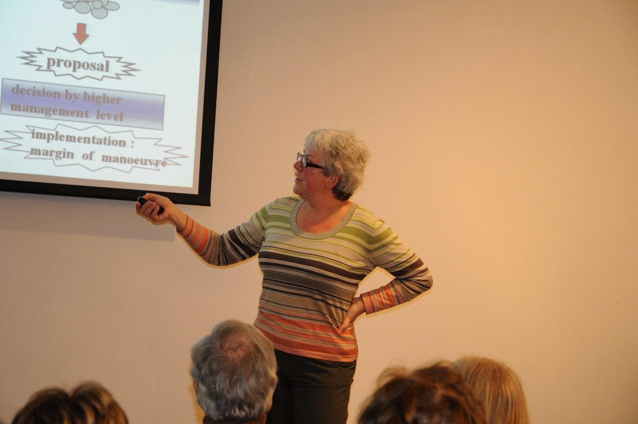 Helga Schenzer professeure et consultante en management
