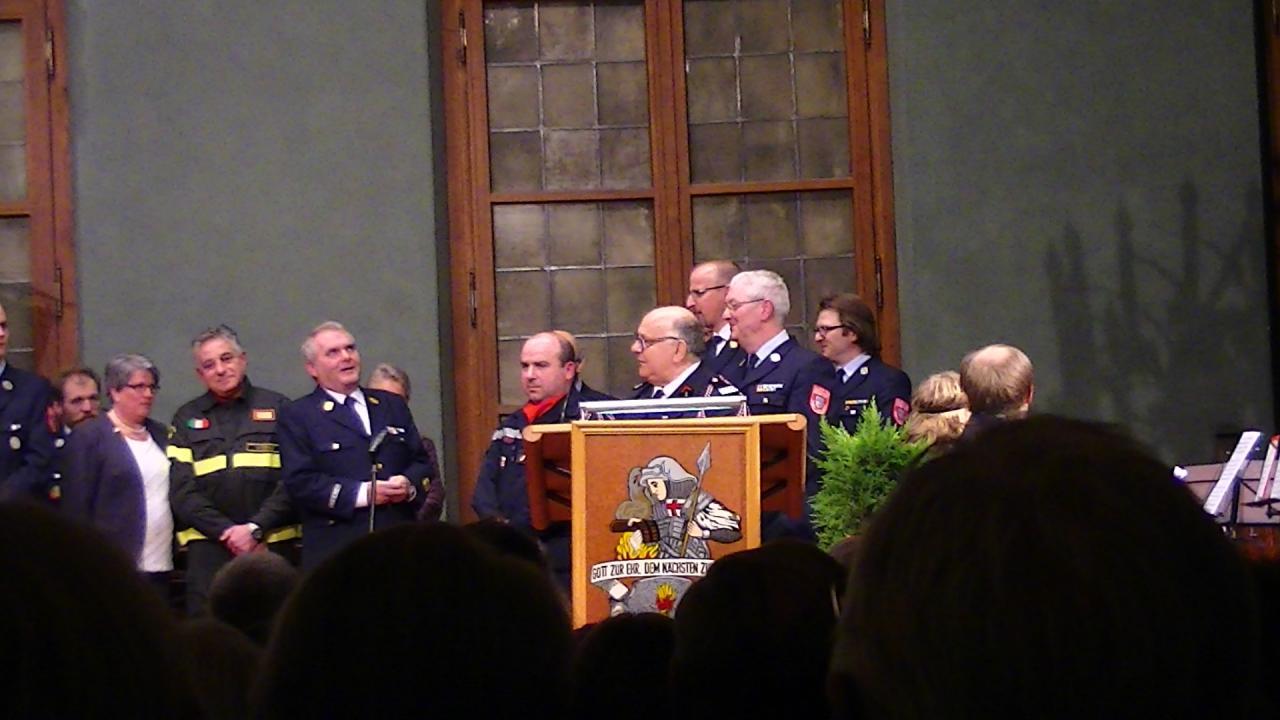 Remise médaille de la coopération internationale à M Candaele à Landshut