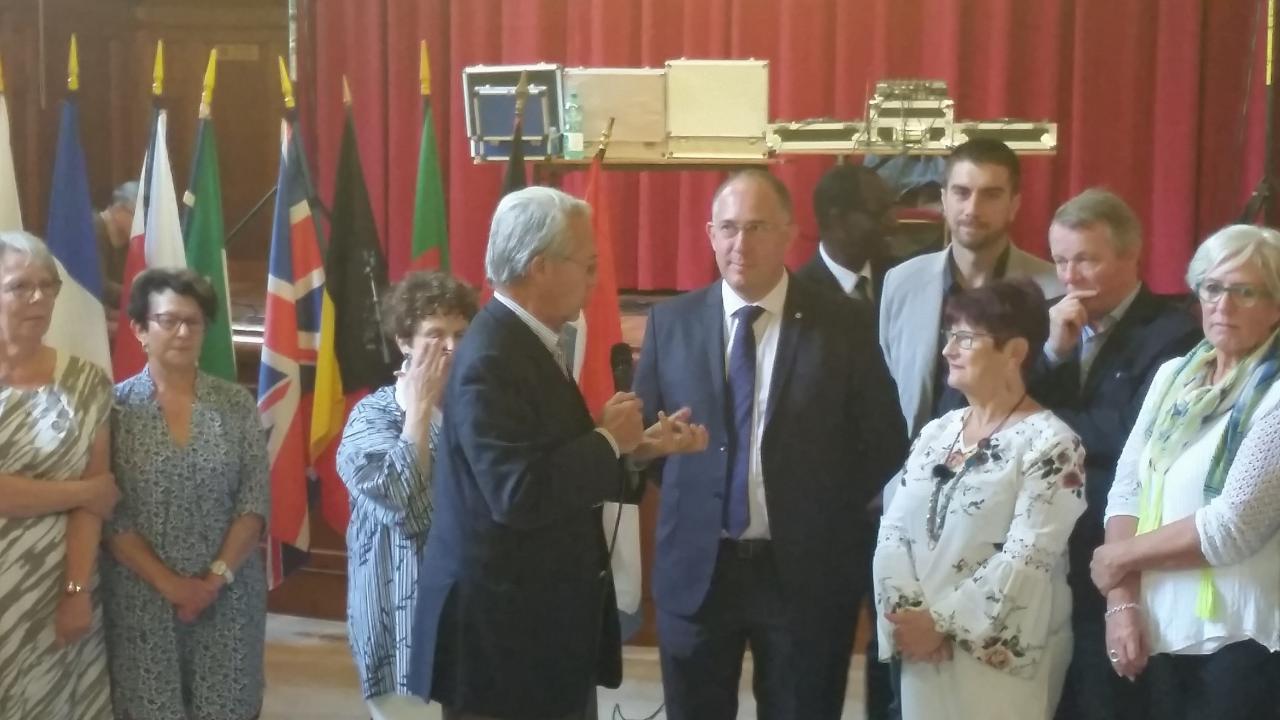 Le maire , le député et notre présidente