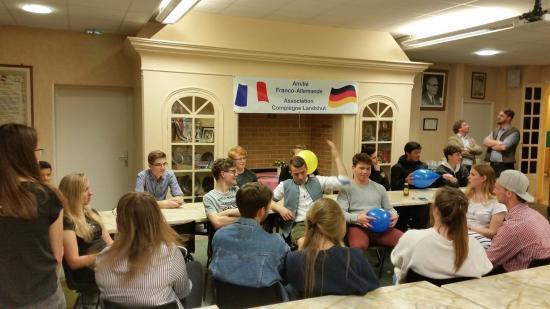 Stammtisch und Berufsschule Eins à la Maison de L'Europe
