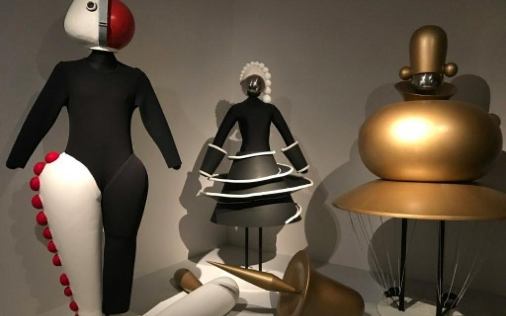 Costumes de l'atelier-théâtre du Bauhaus (1919-1933)