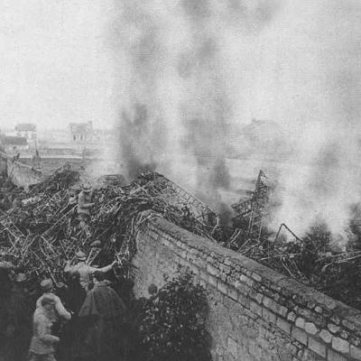 Le Zeppelin abattu au dessus de Compiègne en 1917