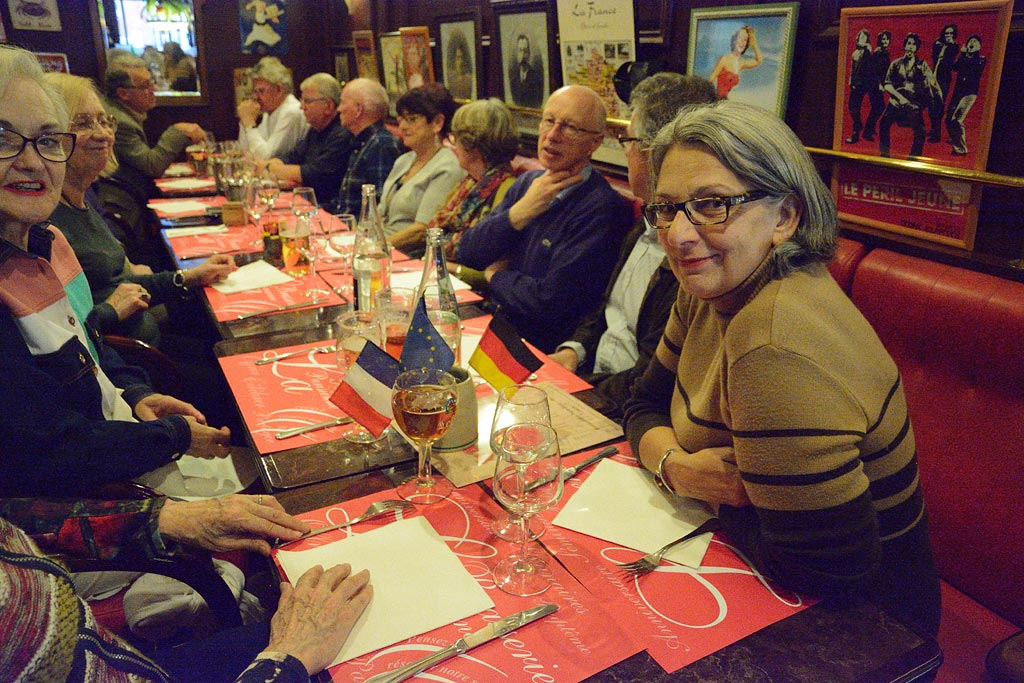 Stammtisch à la brasserie Parisienne