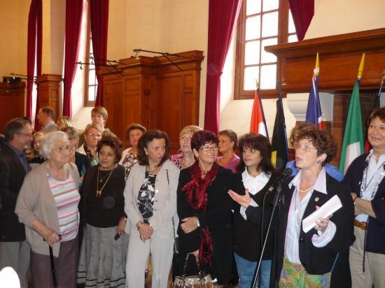Les présidentes réunies autour de l'adjointe Mme François