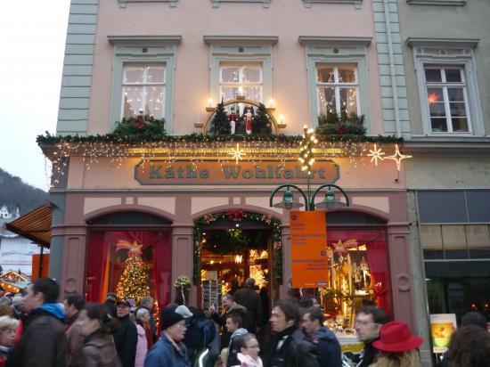 Façade magasin de décorations de Noël