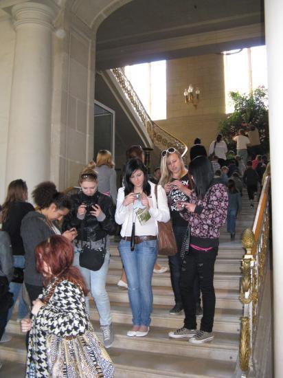 Les élèves dans le château