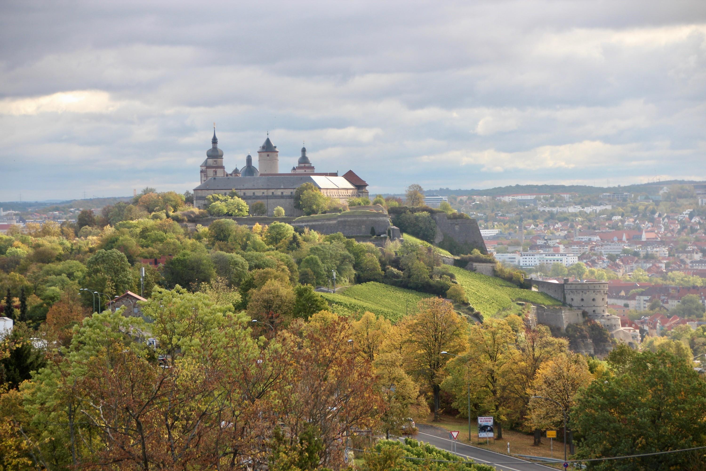 La forteresse Marienberg vue de l'hôtel