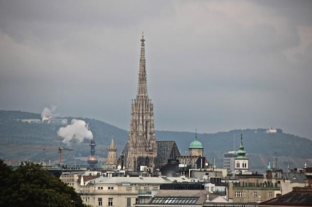 Vienne vue du chateau de Belvédère