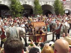 Ludwig der Reiche, Bräutigamvater und Ausrichter der Hochzeit