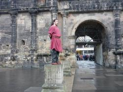 Le secret de la Porta Negra raconté par un centurion romain