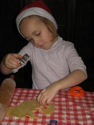 Fabrication de sablés de Noël